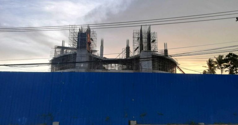 Die Baustelle für ein neues Hotel in Kep, am 23.06.2020.