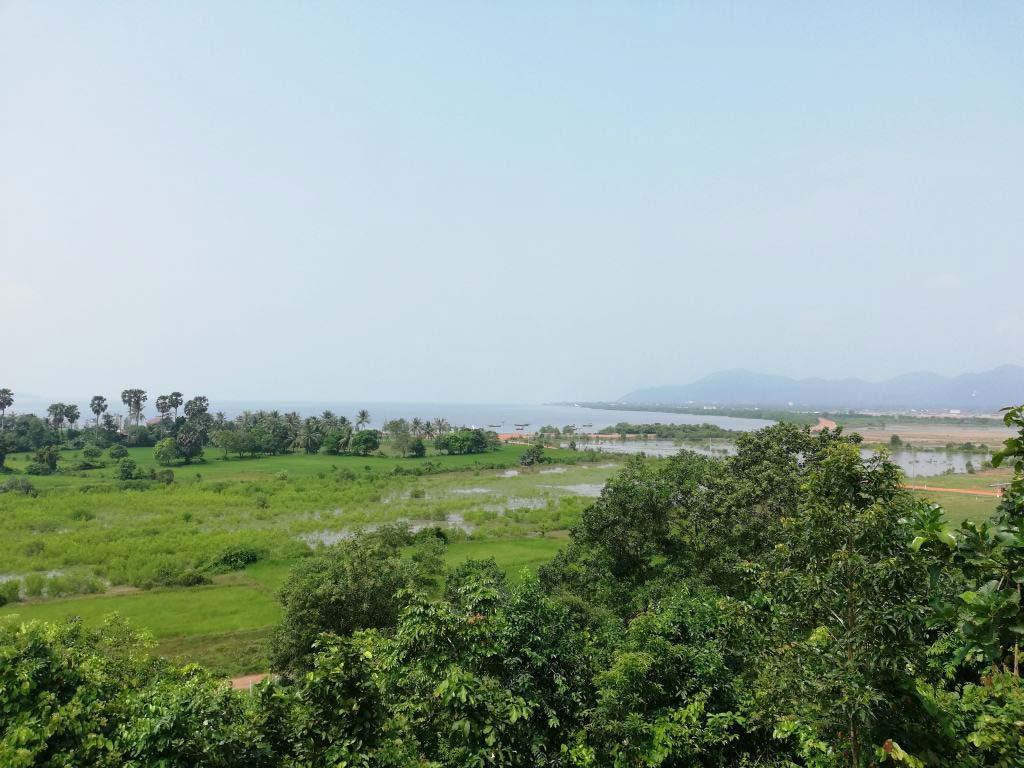 Ausblick von einem Hügel über die Provinz Kep.