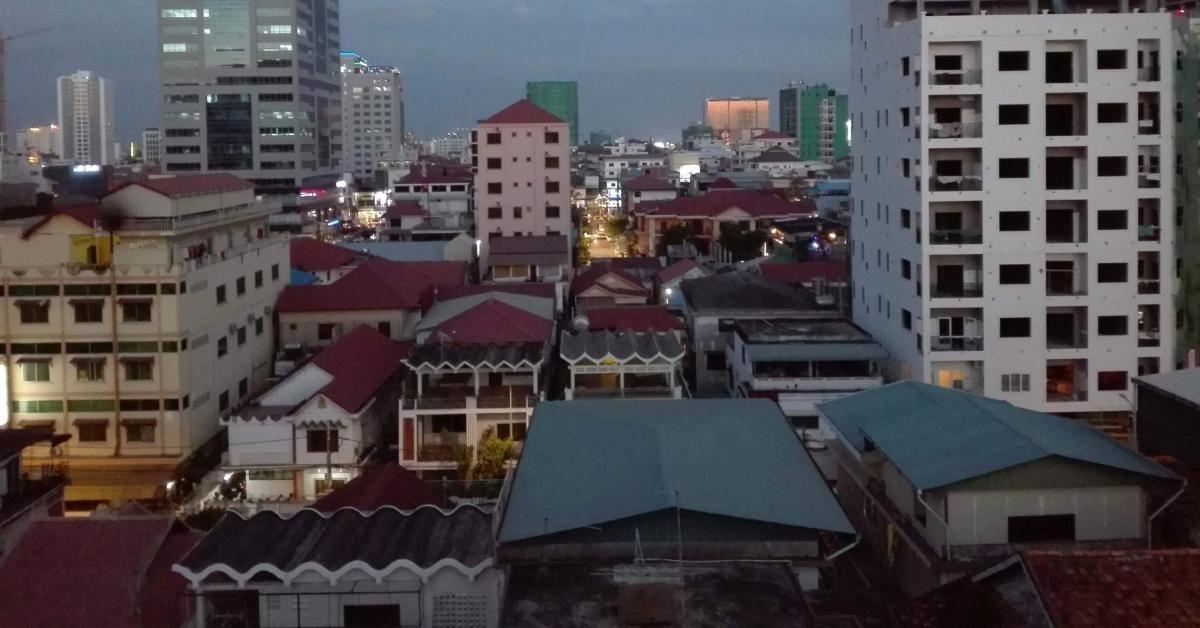 Blick über den Dächern von Phnom Penh.