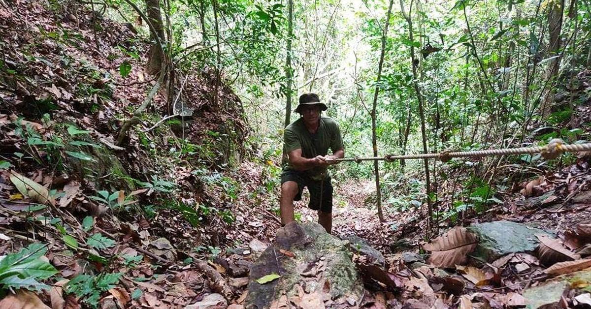 Trecking-Tour im Dschungel Kambodschas.